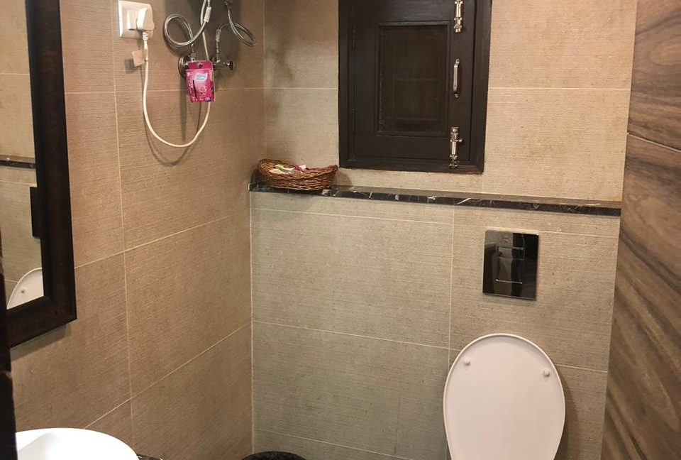 furnished-flat-fro-sale-in-bani-park-jaipur-2